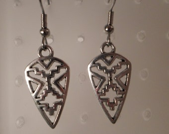 Vintage / SOUTHWEST / Pierced Earrings / Silver / Tribal / Native American / Indian / Snow Cloud Symbol / Arrowhead / Trendy / Accessories