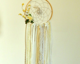 White Dream Catcher - Bohemian Wall Decor - Boho Wedding Gift - Boho Chic Nursery Decor - Gypsy Wall Decor - Gypsy Dream Catcher