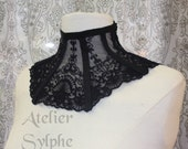 Black lace neck corset collar with delicate style ribbon back lacing and zip closure ref P