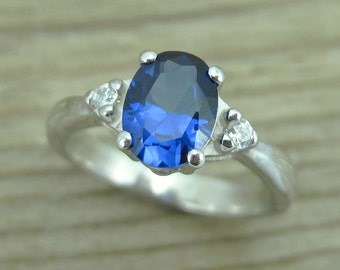 Oval Sapphire Antique Engagement Ring, Antique Gold Ring, Vintage Sapphire Ring, Sapphire Oval Engagement , White Gold Sapphire  Ring,