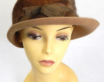 Original Vintage 1940s Cloche Hat