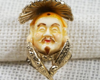 """Napier Gold Tone and Resin """"Ming"""" Asian Man Figural Brooch Book Piece"""