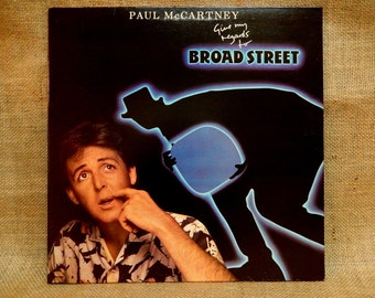 Paul McCARTNEY - Give My Regards to Broadway - 1984 Vintage GATEfold Vinyl Record Album...w/ 2 Inserts
