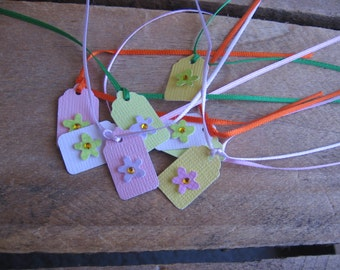 Pastel Flower Gift Tags, Set of EIGHT, Tiny Gift Tags, Jewelry Gift Tags, Wedding Gift Tags, Bridal Party Gift Tags, Wedding SnowNoseCrafts