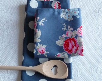 Set of Two Shabby Chic Flower and Big Dot Premium Cotton Dish Towels Dish Cloth Kitchen Towel  Rose Floral Pink White Blue Cotton Tea Towels
