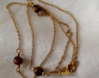 Vintage Fine Link Gold Chain Necklace, Featuring Three Warm Brown Tigers Cats Eye Beads