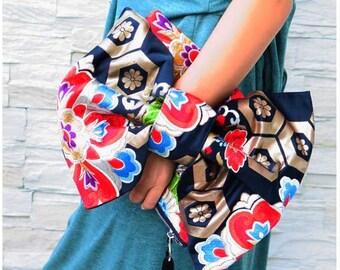 "Kimono obi Bag/Ribbon Clutch ""Black Flower""/evening clutch bag/black clutch/vintage purse/Japanese kimono bag/black bow bag"