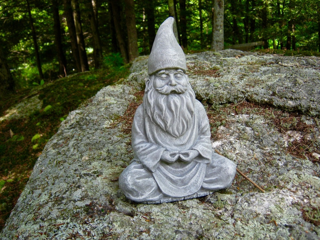 gnome statue meditating gnome zen garden gnome statue. Black Bedroom Furniture Sets. Home Design Ideas