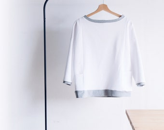 Boxy women's sweatshirt, french terry 100% cotton. Boat neck. No logo sweatshirt. 2 colors available. Sizes from S to XL.