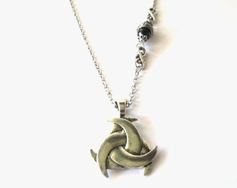 Three moons necklace jewelry antiqued silver moon pendant necklace pagan jewelry