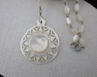 Mother of Pearl NECKLACE from Bethlehem Vintage Carved Shell Flower
