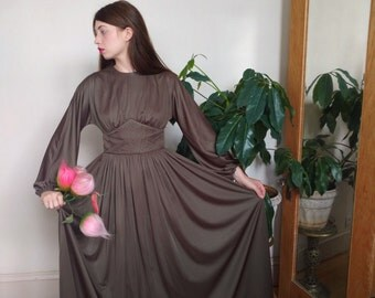 Donald Brooks 1970s Draped Balloon Sleeve Taupe Jersey Maxi Dress  Medium with Trapunto Embroidery