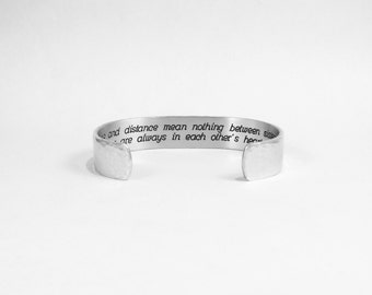 """Sister Gift - Time and distance mean nothing between sisters, we are always in each other's hearts"""" 1/2"""" hidden message cuff bracelet"""