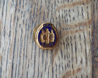 Antique Pre Prohibition Pin Button by Dieges and Clust, American History Teacher Gift Ideas, Unique Antique Present for Grandparents,