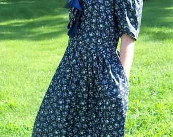 Vintage Ladies Blue Floral Print Cotton Sailor Dress by Laura Ashley Size 10 Only 25 USD
