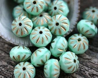 Mint Green beads, Golden inlays, Cruller Czech glass beads, donut, rondelle, fire polished, gemstone cut - 7x10mm - 10Pc - 2649