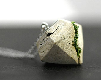 Concrete & Real Moss necklace. Large diamond shaped concrete pendant with real moss. Long necklace. Modern minimalist nature jewelry.