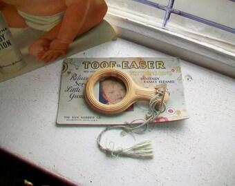 Vintage 1920s Baby Teething Ring Toof-Easer with Original Packaging