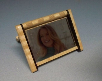 Wooden Compact Mirror, Wooden Gift for Her, Compact Mirror, Handmade Wooden Compact.