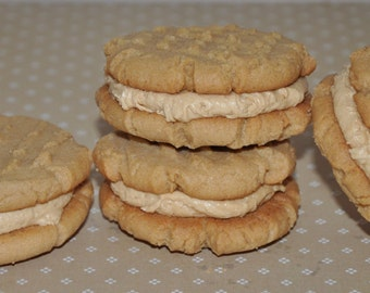 9 Peanut Butter Cookie Sandwiches Holiday Christmas Cookie Box