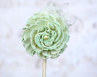 Mint Wedding Flower Pin // Groom, Groomsmen, Mint Sola Flower, Lace, Boutonniere, Button Hole, Buttonhole, Corsage, Bridal Party Flowers