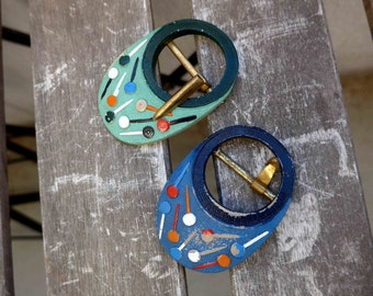 Beautiful LOT of 2 Art Deco Belt Buckles From the 1930's -1940's , Blue and Green whith Multicolor Accents