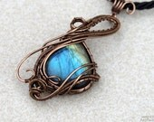 Labradorite pendant/Wire wrapped pendant/Gemstone pendant/Gift for girlfriend/Gift for her/Mother's day gift/ooak/Yoga jewelry/Healing gem