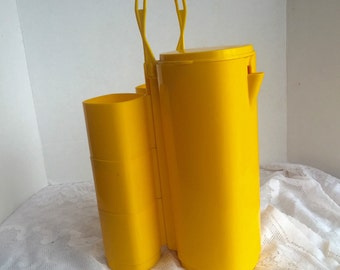 Vintage  Plastic Pitcher and Tumbler Set Sunny Yellow Perfect Picnic Supplies