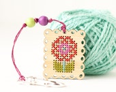 CLEARANCE: DIY Kit, Flower Zipper Pull, Embroidery Scissor Fob, Modern Cross Stitch Kit, Embroidered Zipper Charm, Key Chain Charm, Key Ring