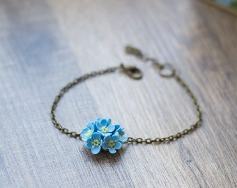 Blue flower bracelet - blue jewelry - forget me not jewelry - flower jewelry - nature jewelry - botanical jewelry - flower accessory