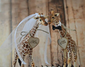 Giraffe wedding cake topper jungle safari zoo circus themed wedding bride and groom Mr and Mrs wedding sign kissing animal decorations lover