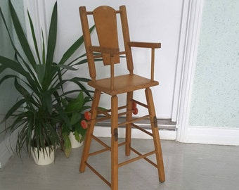 Mid Century Wood Folding Doll High Chair / Vintage Retro Collectible Convertible Children's Toy Chair / Nursery Decor / 1940s 1950s 1960s