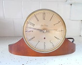 Seth Thomas Dynaire Clock  E-1 Vintage Electric .  Wood Case with Glass Face.