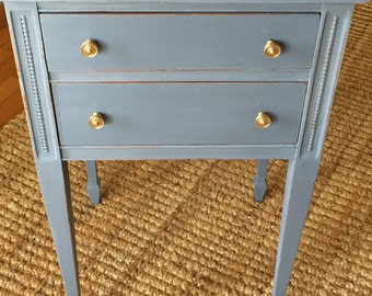 Side Table Painted in Anne Sloan Old Violet Gently Distressed