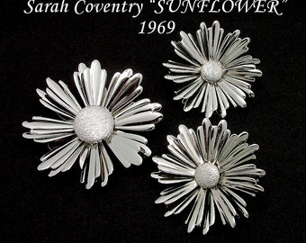 Brooch Earrings Set By Sarah Coventry SUNFLOWER From 1969 In Silver Tone