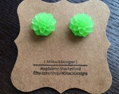 Frosted Green Mum Cabochon Stud Earrings