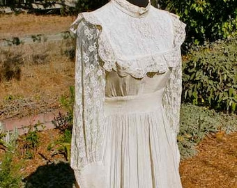 Gunne Sax off-white wedding or party dress, size small