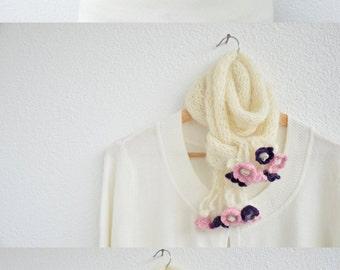 Flower Scarf, Knit Boho Scarf, Chunky Wool Scarf, Winter Accessory, Wool Wrap Scarf, Cream Hand Knit Neckwarmer, Christmas Gift, ReddApple
