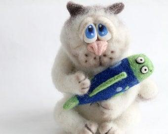 Needle Felted Toy  - Cat  - Felt cat- white cat
