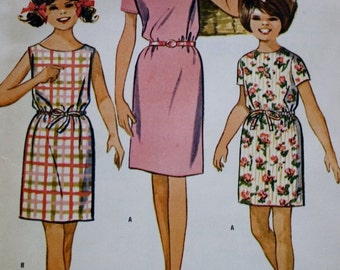 McCalls 6930 Girls Slim Dress Vintage Sewing Pattern Easy to Sew Top 1960s Bust 32