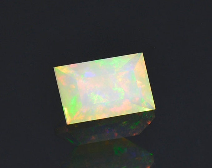 SALE EVENT! Lovely Multi Color Opal Gemstone from Ethiopia 1.11 cts.