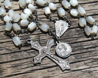 Vintage Catholic Rosary, Mother of Pearl Rosary, Made in Italy, Mother of Pearl Beads, Wedding Gift, Religious Gift, Baptism, Gift