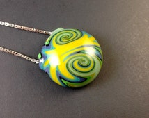 Hollow Glass Wig-wag Pendant