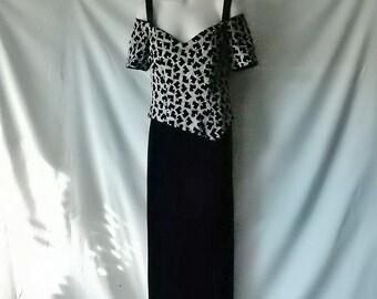 Sz  6 8 Made England Formal Evening Gown Dress - Silver Metallic & Black Velvet - Cinderella - Elegant - UK - Full Floor Length -