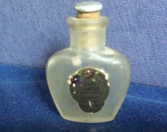 Richard Hudnut Three Flowers Perfume Bottle with cork stopper