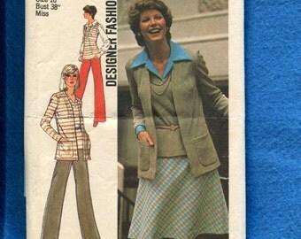 1970's Simplicity 6516 Preppy Cardigan Jacket Vest Pants & Skirt  Size 16