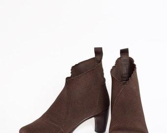 Vintage 90's Brown Stretchy Material Heels