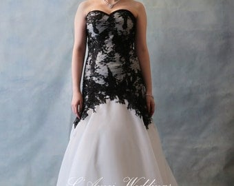 SALE Simple Style Black and White Lace and Organza Wedding Dress Bridal Gown with Train YS198880978