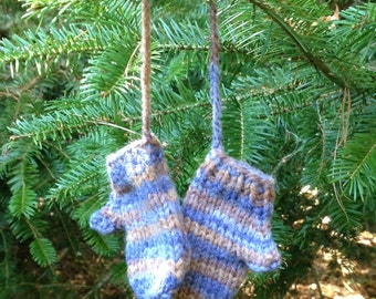 Mini Knitted Mitten Ornament, Miniature Decoration, Hand Knit Mini Mittens, Christmas Ornament, Gift Decoration, Blue and Brown Mini Mitts