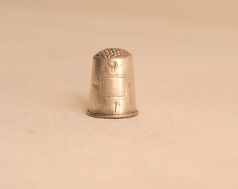 Vintage silver thimble from 20th century Russia Silver sewing thimble Collectible thimble Scandinavian Fabric
